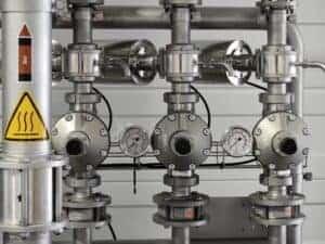 Metallrohre in einer Fabrik